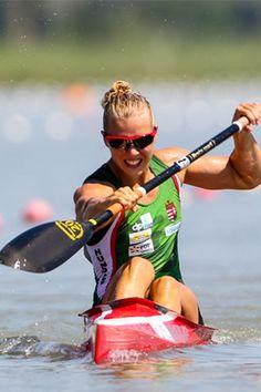 Anna Karasz - 21 years old, World Champion and Kayaks, Kayak Pictures, Canoe And Kayak, 21 Years Old, Boater, Summer Olympics, Champion, Racing, 200m
