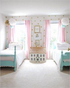little girl bedroom decor Cute Girls Bedrooms, Vintage Girls Rooms, Teenage Girl Bedrooms, Bedroom Vintage, Little Girl Rooms, Trendy Bedroom, Bedroom Girls, Kid Bedrooms, Teenage Room
