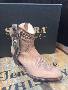 De 10 beste afbeeldingen van New boots collectie Sendra
