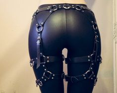 Waist to thigh harness Leather garters Leg harness