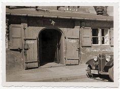 Кёнигсберг. Вход в ресторан «Кровавый суд» во дворе Королевского замка, ок. 1930 года