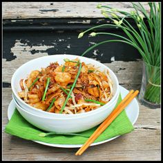 Char Kway Teow (Malaysian Rice Noodles)