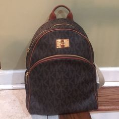 Michael kors backpack Brown michael kors backpack no flaws and only been  used once. It 9ea96d09e09eb