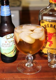 5 AWESOME Drinks You Can Make With FIREBALL Cinnamon Whiskey! The Ciderball is my favorite. 3 parts hard apple cider, 1 part fireball. by cathryn Party Drinks, Cocktail Drinks, Cider Cocktails, Fall Drinks, Easy Cocktails, Holiday Drinks, Holiday Treats, Fireball Drinks, Fireball Recipes