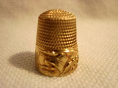Antique Simons Marked 14K Gold Christmas Holly Bells Thimble; Circa 1890