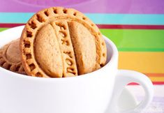 Perníčkové sušienky Apple Pie, Ham, Food And Drink, Healthy Recipes, Christmas, Basket, Xmas, Hams, Healthy Eating Recipes