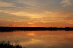 Haparanda-Tornio, land border (Sweden-Finland) at midnight. Went fishing with my dad, do you hear the birds? Kuooovi-kuovi-kuovi-kuovi