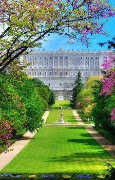 Vistas del Palacio Real de Madrid.