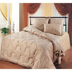 Quilted blanket made from natural camel wool. Upper Material-100% cotton,175/205