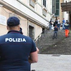 Offerte lavoro Genova  Identificata grazie alle impronte digitali  #Liguria #Genova #operatori #animatori #rappresentanti #tecnico #informatico Morta per droga in via Balbi è una diciassettenne ecuadoriana