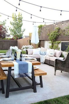 17 Easy Backyard Fire Pit with Cozy Seating Area Ideas Cozy Backyard, Backyard Seating, Backyard Patio Designs, Fire Pit Backyard, Backyard Ideas, Landscaping Ideas, Backyard Landscaping, Modern Backyard, Balcony Ideas