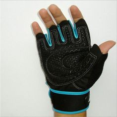 Gym Body Building Training Sports Fitness WeightLifting Gloves For Men And Women Custom Fitness Exercise Training Gym Gloves Bodybuilding Training, Bodybuilding Workouts, Powerlifting Training, Weightlifting, Body Building Tips, Muscle Building, Gym Gloves, Weight Lifting Gloves, Gym Body