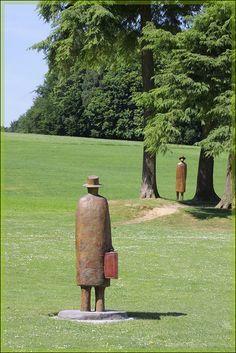 jean-michel folon statue - Recherche Google
