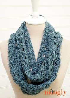 Melting Snow Infinity Scarf - by Tamara Kelly of Moogly!