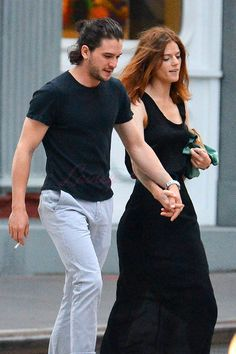 Kit Harington and Rose Leslie hold hands in New York where he is ...