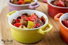 Cocottine-salsicce-patate-peperoni Fruit Salad, Cereal, Breakfast, Kitchen, Food, Breakfast Cafe, Cucina, Cooking, Essen