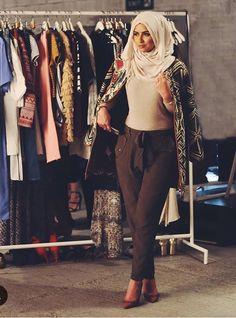 56c5cecef416 Blygsamt Mode, Islamiskt Mode, Bandanas, Casual Hijab Outfit, Anspråkslösa  Kläder, Snygga