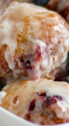 Blueberry Lemon Fritters Blueberry Fritters Recipe, Recipe Fritters, Apple Fritters, Blueberry Recipes, Blueberry Lemon Bread, Blueberry Danish, Blueberry Doughnuts, Coffee Cake, Sweet Bread