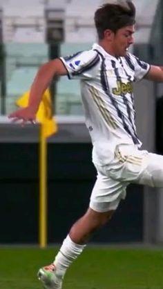 Juventus Soccer, Neymar Football, Football Gif, Soccer Players Hot, Soccer Guys, Football Players, Cristiano Ronaldo Body, Messi And Ronaldo, Girly Quotes About Life