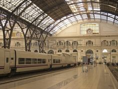 17523316-structure-and-roof-of-the-train-station-barcelona-art-nouveau-style.jpg…
