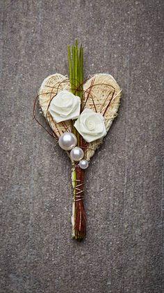Hochzeitsanstecker Monika - Basteln & Schenken Diy And Crafts, Merry Christmas, Dream Wedding, Hair Accessories, Lisa, September, Hearts, Decorations, Weddings