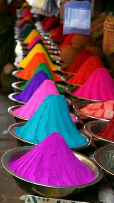 Spice Market, Marrakech, Morocco<-- are you sure it isn't pigments for the Holi festival in India? World Of Color, Color Of Life, Find Color, Over The Rainbow, Belle Photo, Rainbow Colors, Rainbow Palette, Neon Rainbow, All The Colors