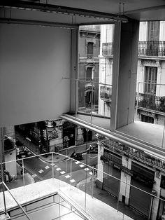 Villa de Gracia library, Josep Llinas, Barcelona, 2002