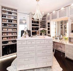37 + Unanswered Concerns About Glam Room Closet Vanity Ideas 56 Walk In Closet Design, Bedroom Closet Design, Closet Designs, Closet Rooms, Closet Island, Closet Vanity, Closet Mirror, Luxury Closet, Glam Closet
