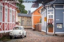 vanha-rauma Old Houses, Wooden Houses, Wooden Architecture, Old Town, 18th Century, The Neighbourhood, Shed, Outdoor Structures, Dreams