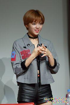 jeongyeon | OFFICIAL] Yoo Jeongyeon [유정연] TWICE here too # ...