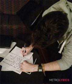 "Bastille's Handwritten ""Flaws"" Lyrics Are Totally Flawless   MetroLyrics - Here is Dan Smith of Bastille writing the lyrics of Flaws."