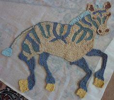 Ravelry: Galerie de projets pour Freeform Crochet motif de couverture par Kirsti Hallamaa