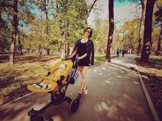 In summer skin gets darker water gets warmer drinks get colder nights get longer...and strolls get longer!  #summer #stroll #walk #outdoor #sport #citylife #fitness #summertime #momandbaby #baby #happy #healthy #morning #sun #park #nature #holidays #concord #concordneo #specialedition #stroller #pushchair #bebe #cochecito #passeggino #kinderwagen #poussette