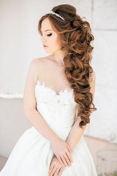 The best hairstyle with wedding! Awesome