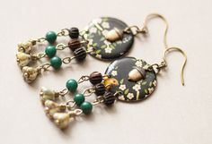 Handmade Acorn Chandelier Earrings – Musing Tree Studios // Perfect gift idea for the nature lover in your life! #handmade #jewelry