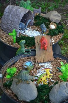 Get the kids outdoors and get their creative side going by making this Mini Dino land. Perfect for imaginative play and can be combined with getting them discovering about the cycle of life as you grow things in it.