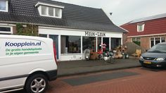 Afgelopen donderdagmiddag een leuk gesprek gehad met Erna Nijwening van Meuk is leuk. Meuk=Leuk is een tweedehands winkel en tevens inbreng winkel. Meuk=Leuk kun je vinden aan de Brunstingerstraat 33A in Beilen. http://koopplein.nl/middendrenthe/huis-en-inrichting/diversen