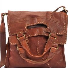Lucky Brand abbey bag Used in great condition. More pics coming soon! Lucky Brand Bags Crossbody Bags