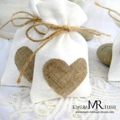 Pochon lin coeur jute pour déco de mariage idéal mariage champêtre