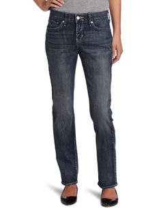 Levi's Women's Petite 525 Straight Leg Jean