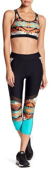 Body Glove Terra Tsunami Geometric Print Capri Leggings