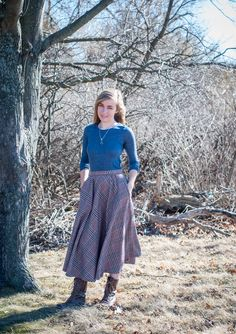 Plaid long skirt and lace up boots