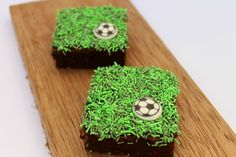 World cup brownies! Soccer Birthday Parties, Soccer Party, Grad Parties, Theme Parties, Big Party, Party Time, Soccer Cake, Celebrate Good Times, Party Planning