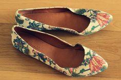 Madewell floral pumps Floral Pumps, Madewell, Flats, Beauty, Shoes, Fashion, Loafers & Slip Ons, Moda, Shoe