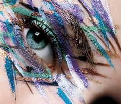 Violets, cyans and turquoise work beautifully with pale blue eyes for a cool-colored look   #makeuptips #eyemakeup #makeup