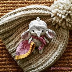 "892 curtidas, 61 comentários - @prenzlzwerg no Instagram: ""Erna! . . pattern by myself . . . #handmade #handmadedoll #crochet #crocheting #crochetdoll…"""