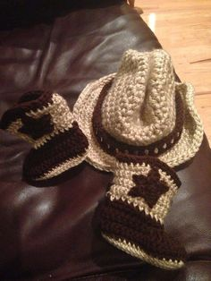 Baby Cowboy Boots and Hat set by Pontepretties on Etsy, $35.00