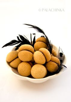 Amazingly good and super easy to make Baci Di Dama on http://palachinkablog.com