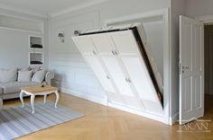 Rozkładane ukryte łóżko w sypialni    #wood #solidwood #bedfurniture #bed #bedideas #bedidea #bedmanufacturer    #białełóżko  #drewno #litedrewno #łóżkorozkładane #łóżkowścianie #ukrytełóżko #łóżkowsypialni #sypialnia