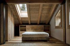 barn-style-house-rustic-bedroom.jpg